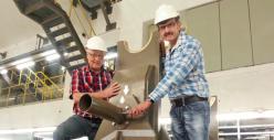 Verbesserung: Dank einer cleveren Idee von Bernhard Heskamp und Karl-Heinz Humbert lassen sich Castoren beim Verladen jetzt einfacher handhaben. Foto:  RWE.