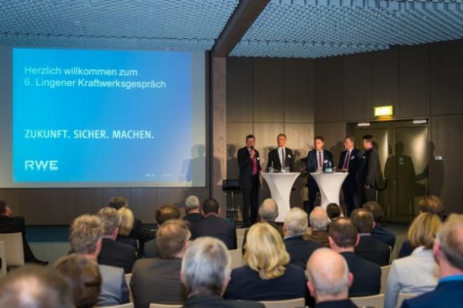 Informative Podiumsdiskussion beleuchtete verschiedene Perspektiven des Energiestandorts Lingen. Quelle: RWE, Helmut Kramer